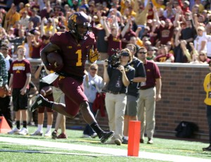 September 19, 2015: University of Minnesota Gopher wide receiver KJ Maye (1) runs for a touchdown in the game between the Kent State Golden Flash and the University of Minnesota Gophers at TCF Bank Stadium in Minneapolis,Minnesota.September 17, 2015: University of Minnesota Gopher fullback Jeremy Seaton (44) during the game between the Kent State Golden Flash and the University of Minnesota Gophers at TCF Bank Stadium in Minneapolis,Minnesota.