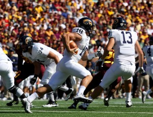 September 19, 2015: Kent State Golden Flash quarterback Colin Reardon (10) throws in the first half in the game between the Kent State Golden Flash and the University of Minnesota Gophers at TCF Bank Stadium in Minneapolis,Minnesota.September 17, 2015: University of Minnesota Gopher fullback Jeremy Seaton (44) during the game between the Kent State Golden Flash and the University of Minnesota Gophers at TCF Bank Stadium in Minneapolis,Minnesota.