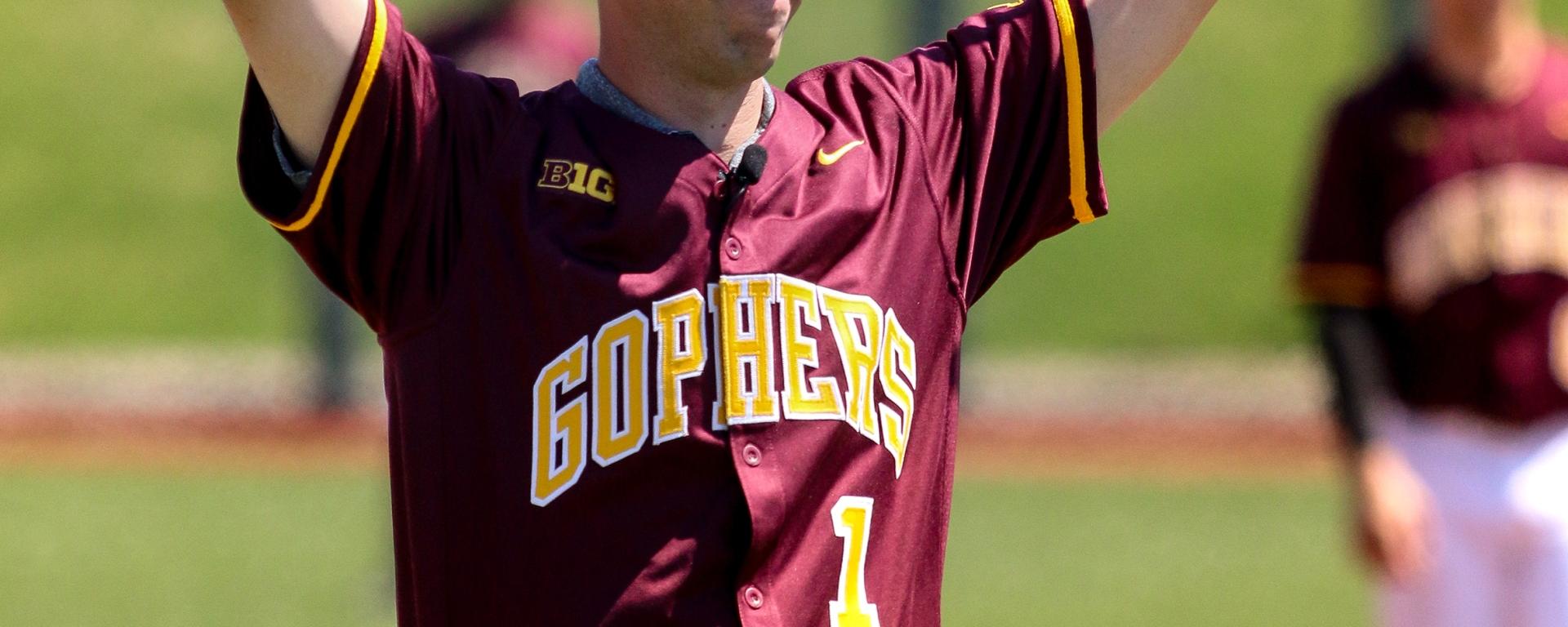quality design 44761 ce744 Photo Gallery: Gopher Baseball beats Long Beach St ...