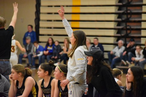 Maddyn_Greenway_CheeringOnTeamMates3fromtheBench